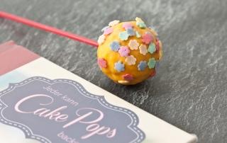 Popcake mit Zuckerdekor Blumen