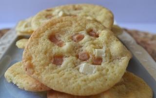 Weiße Schokolade trifft Toffee und Macadamia in diesen leckeren Cookies, Carl Tode Göttingen