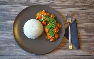 Rezept für leckeres Curry mit Süßkartoffeln und Erdnüssen, Zuckerschoten, einfach und schnell, Carl Tode Göttingen