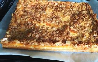 Rezept für Käsekuchen, mit Hefeteig und Knusperkruste, Carl Tode Göttingen