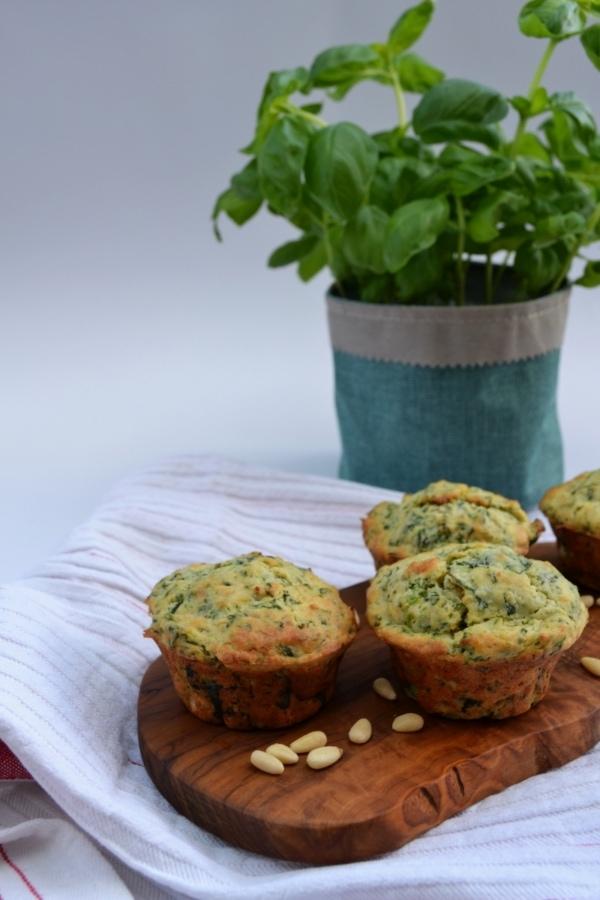 Rezept für herzhafte Muffins mit Spinat und Ricotta, Pinienkerne, Snack, Brunch, Buffet, Carl Tode Göttingen