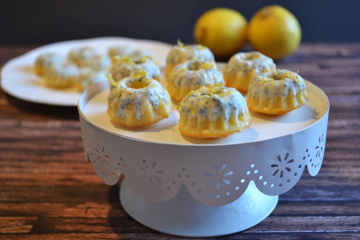 Rezept für leckere Mini Kuchen mit Zitrone und Mohn, Rezept hier entdecken, Carl Tode Göttingen