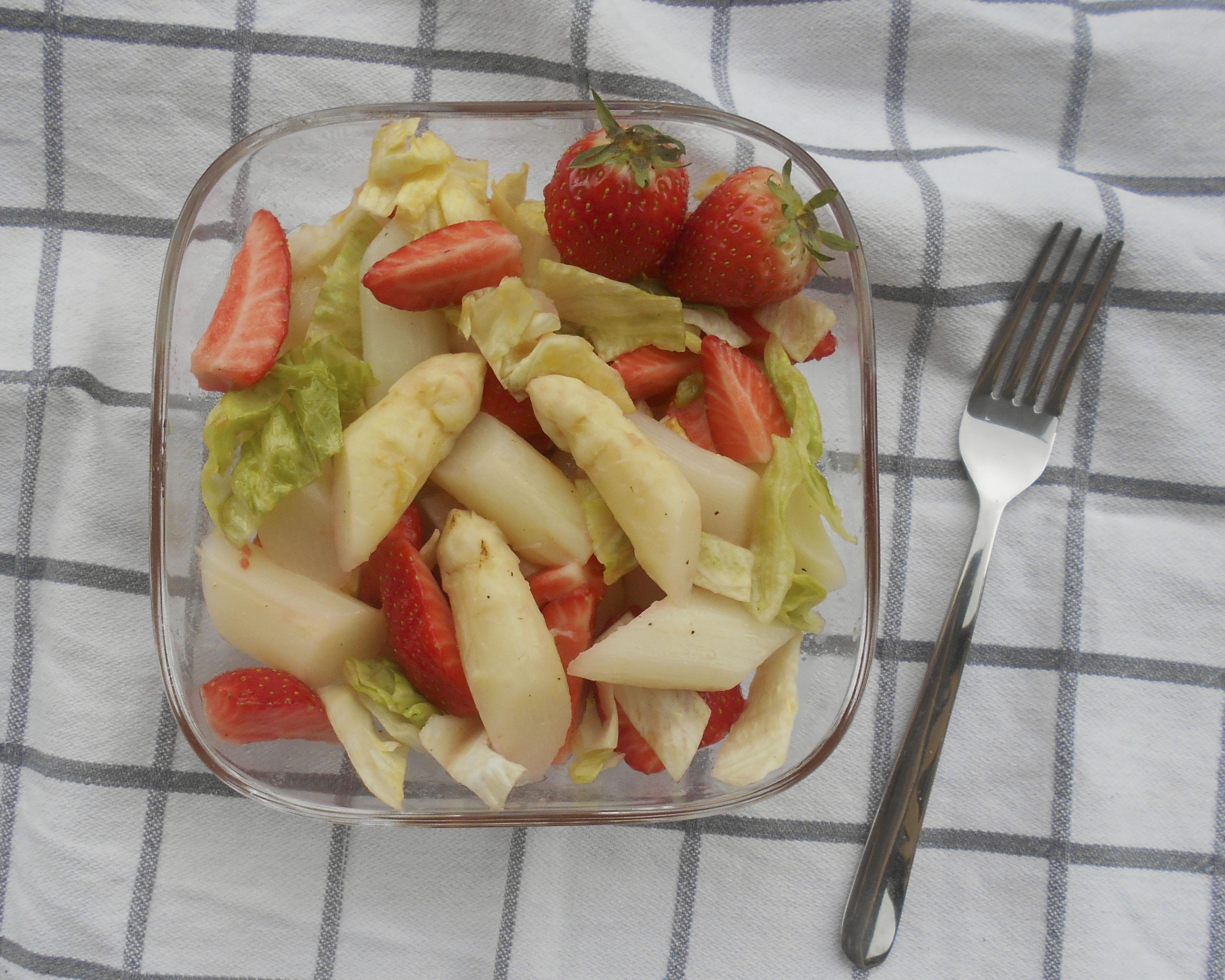 Spargel, Erdbeeren, Salat, Rezept, Carl Tode Göttingen