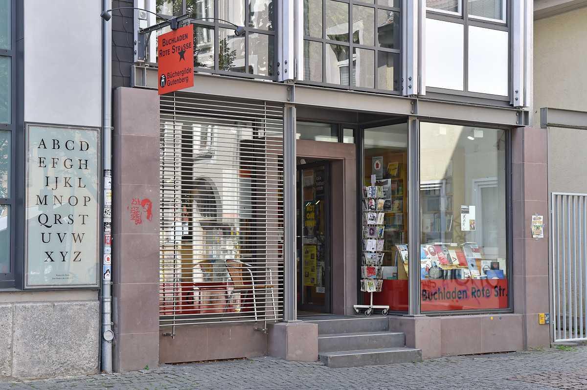 Buchladen Rote Straße im Nikolaikirchhof