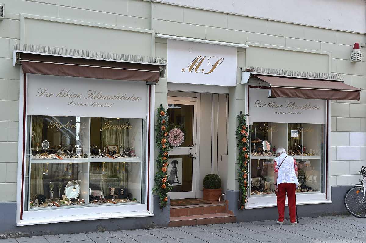 M. Schmerbeck Schmuckladen