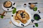 French Toast, Arme Ritter, Resteessen, Mandeln, Ahornsirup, Blaubeeren, Heidelbeeren, Frühstück, Espresso, lecker, Rezept, Carl Tode, Göttingen